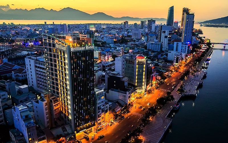 Khách sạn đường Bạch Đằng Đà Nẵng - Khách sạn Brilliant