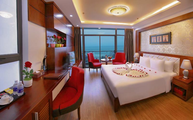 Top 5 khách sạn 4 sao Đà Nẵng gần biển Mỹ Khê - Khách sạn Lê Hoàng Beach