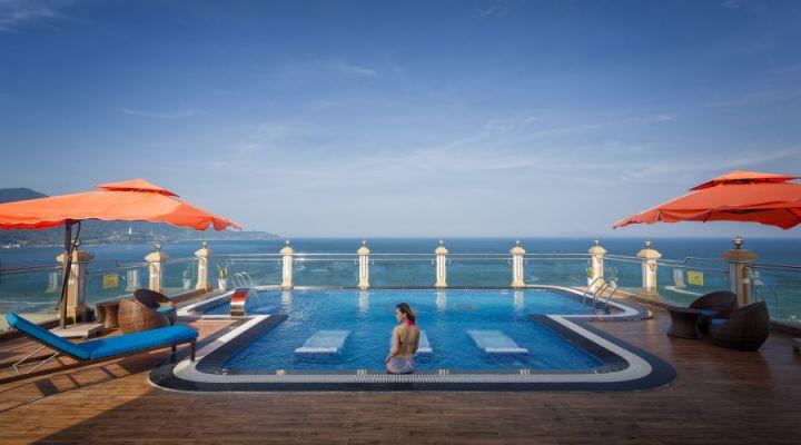 khách sạn 4 sao mặt biển Đà Nẵng có hồ bơi giá rẻ - khách sạn Seven Sea Đà Nẵng