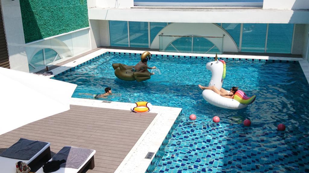 khách sạn đà nẵng gần biển có hồ bơi - Khách sạn Paracel