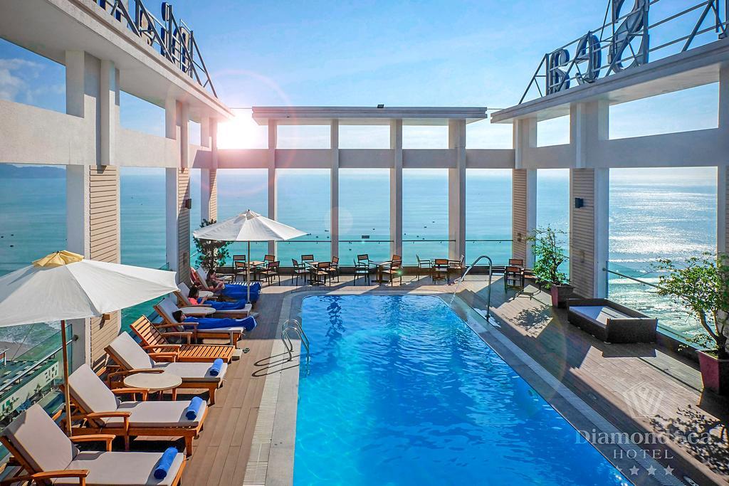 khách sạn đà nẵng gần biển có hồ bơi - Khách sạn Diamon Sea